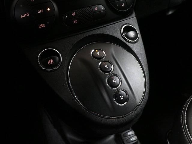 2017 Fiat 500e 3C3CFFGE2HT575882