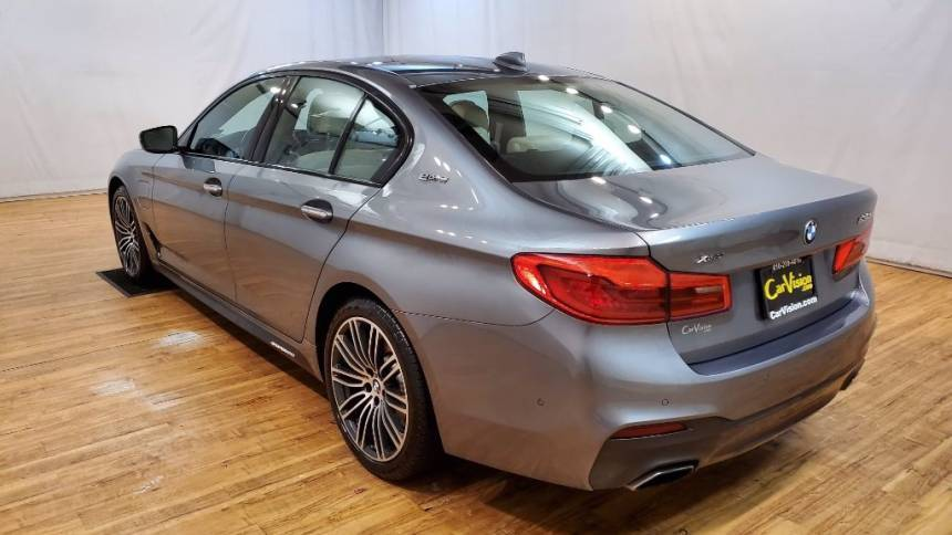 2018 BMW 5 Series WBAJB1C57JB084588