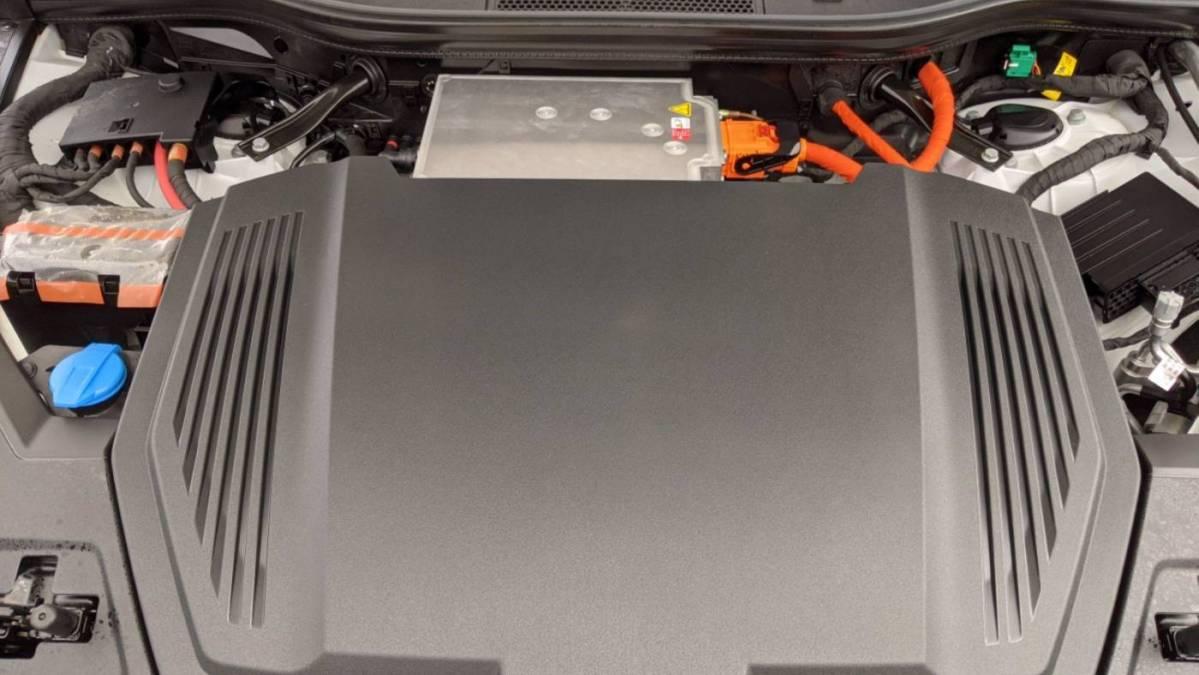 2019 Audi e-tron WA1LAAGE5KB021736
