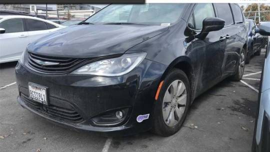 2018 Chrysler Pacifica Hybrid 2C4RC1N73JR358985