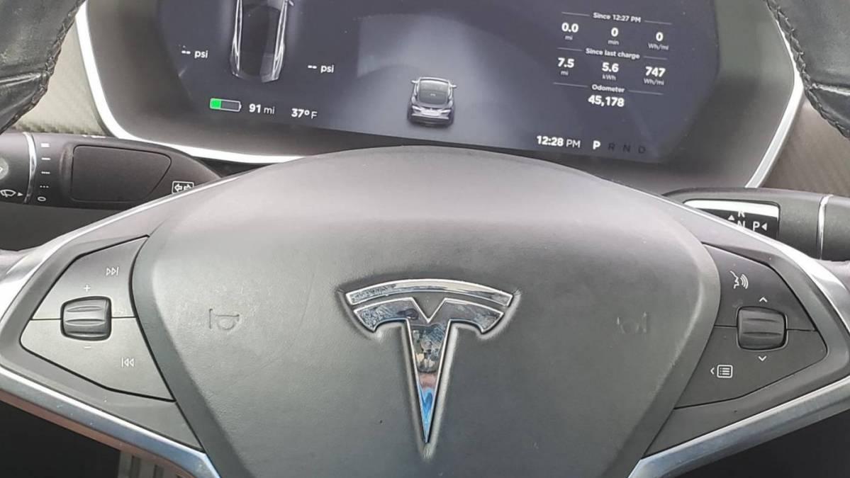 2015 Tesla Model S 5YJSA1E29FF108424