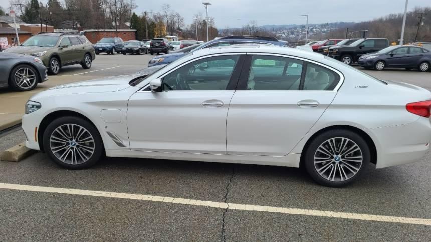 2018 BMW 5 Series WBAJB1C55JB084007