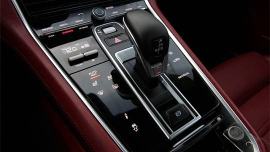 2019 Porsche Panamera WP0AE2A77KL124538