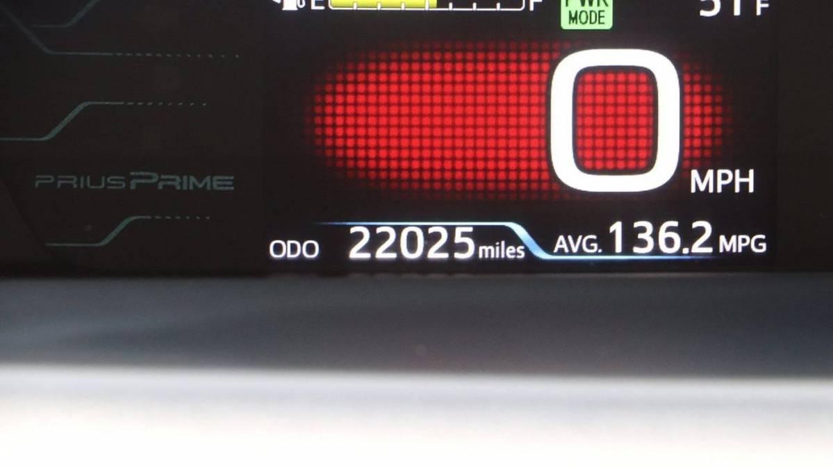 2017 Toyota Prius Prime JTDKARFPXH3055726