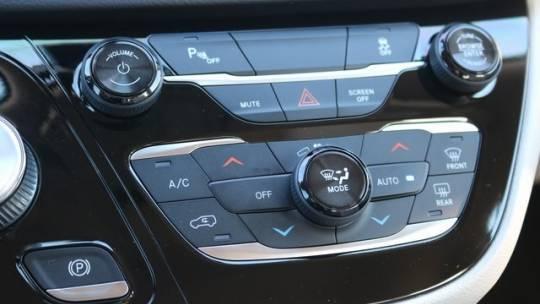 2018 Chrysler Pacifica Hybrid 2C4RC1H72JR183589