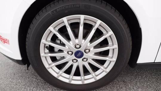 2016 Ford Focus 1FADP3R44GL262915
