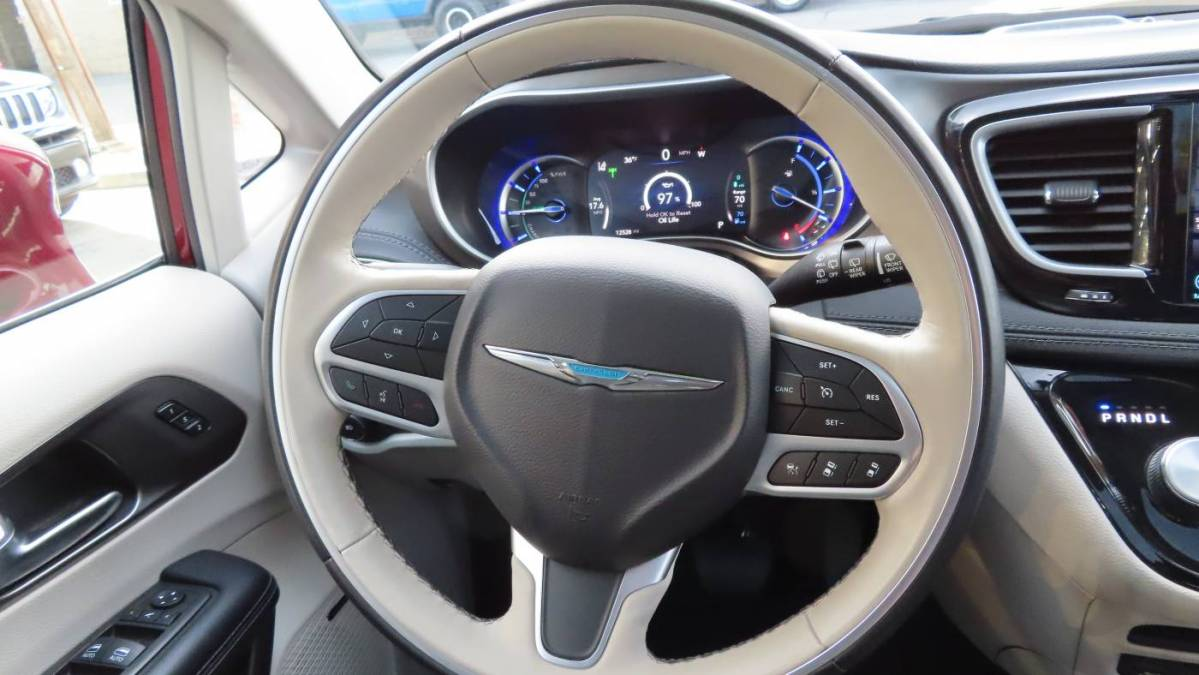 2019 Chrysler Pacifica Hybrid 2C4RC1N70KR681862