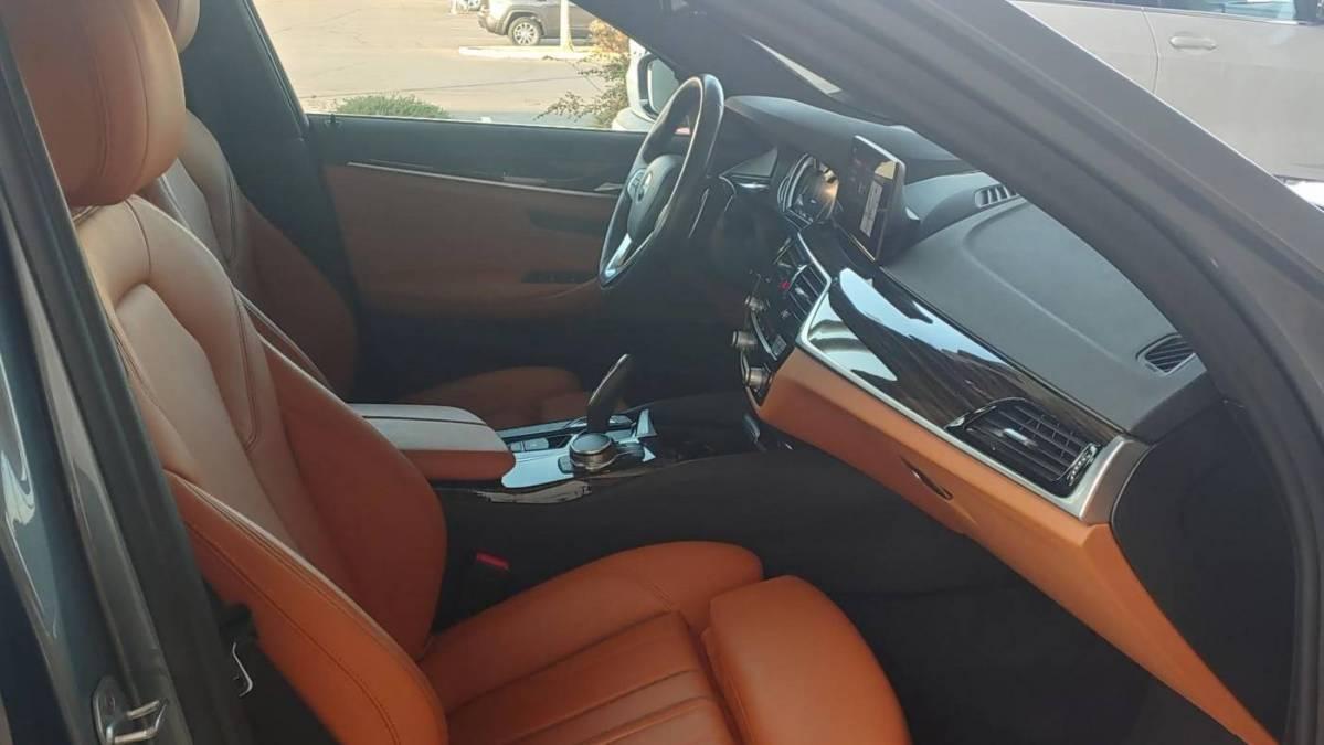 2018 BMW 5 Series WBAJA9C52JB034506