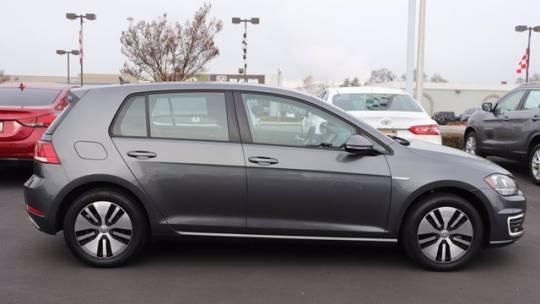 2019 Volkswagen e-Golf WVWKR7AU1KW919157