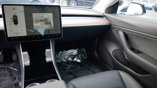 2018 Tesla Model 3 5YJ3E1EB3JF179846