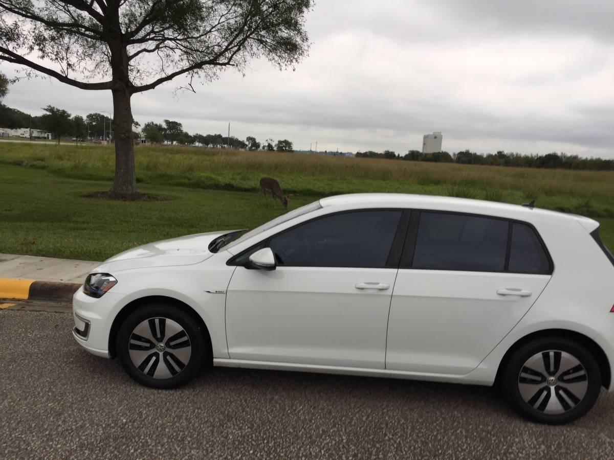 2015 Volkswagen e-Golf WVEPP7AU6FW911850