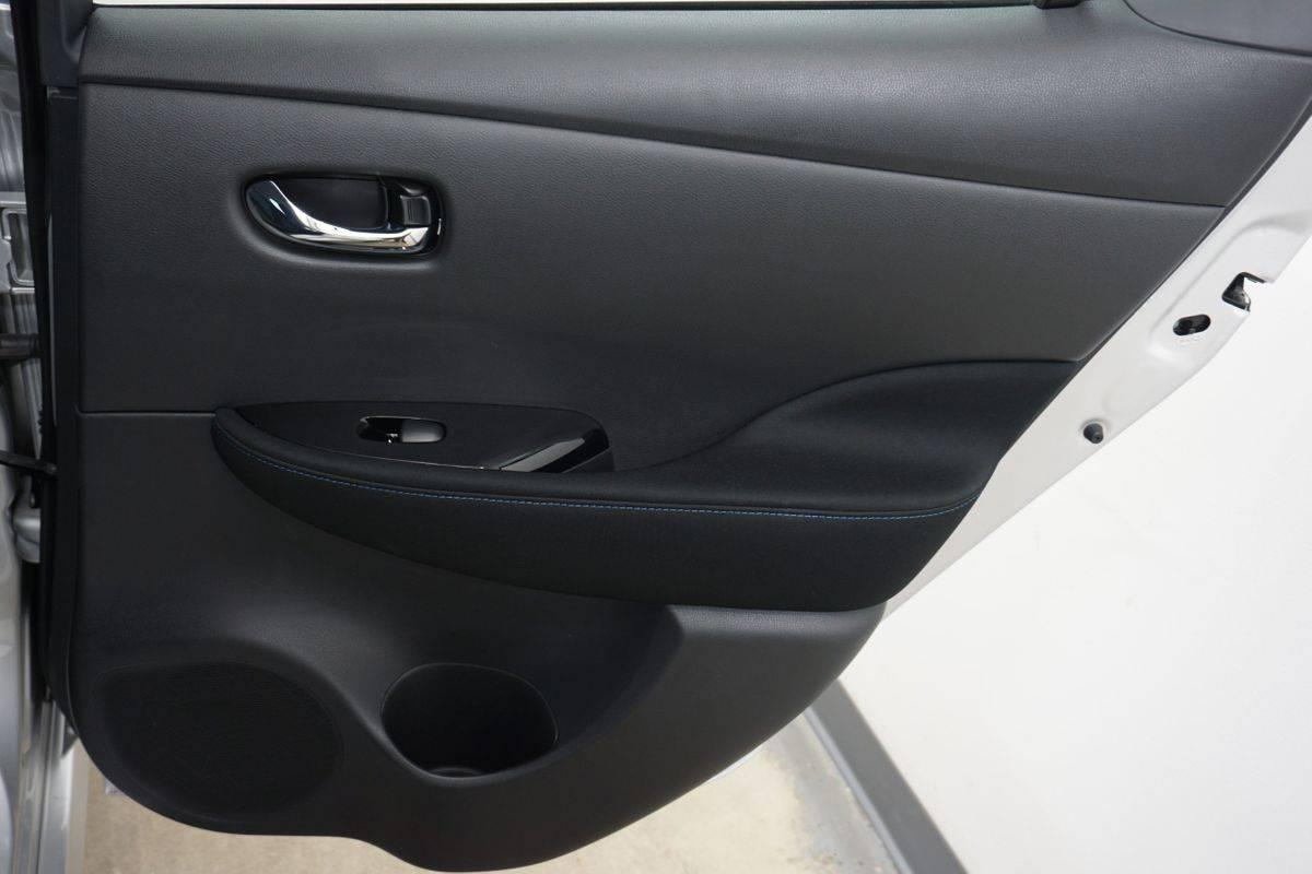 2019 Nissan LEAF 1N4AZ1CP8KC305973