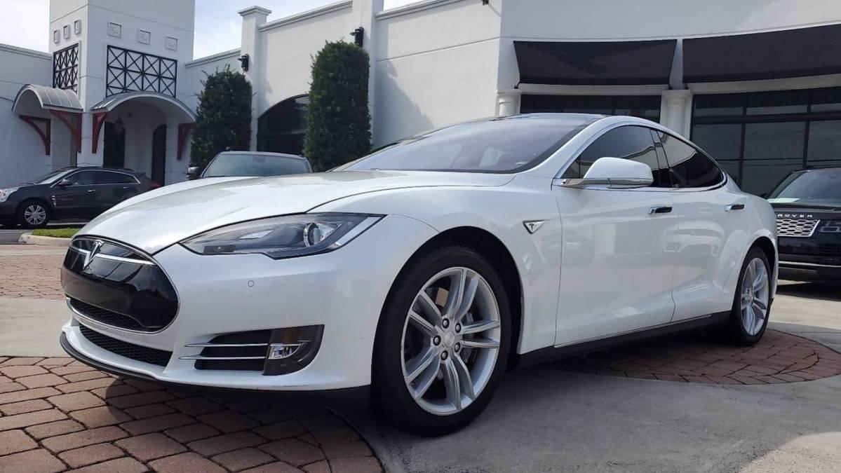 2014 Tesla Model S 5YJSA1H1XEFP38549
