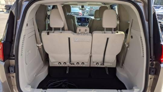 2018 Chrysler Pacifica Hybrid 2C4RC1H78JR295068