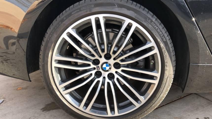 2018 BMW 5 Series WBAJA9C51JB033525
