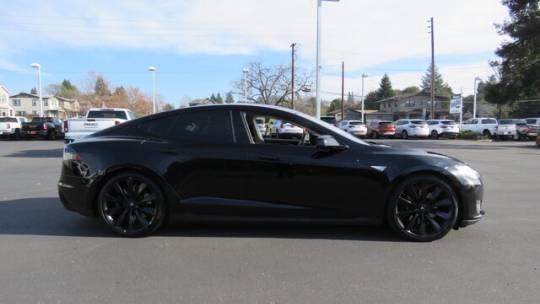 2013 Tesla Model S 5YJSA1DP1DFP07876