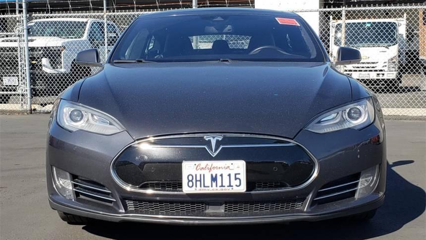 2015 Tesla Model S 5YJSA1E1XFF104180