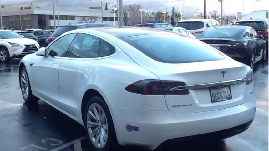 2018 Tesla Model S 5YJSA1E23JF281820