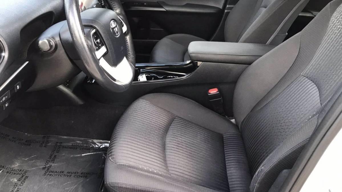 2017 Toyota Prius Prime JTDKARFP9H3055555