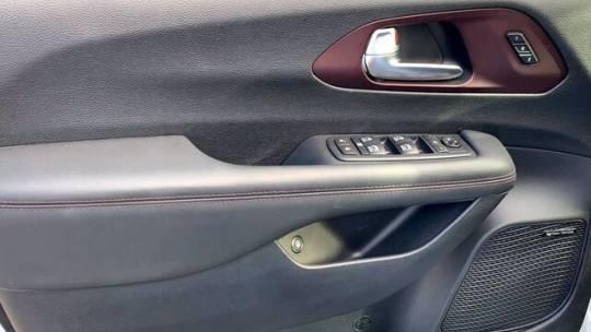 2020 Chrysler Pacifica Hybrid 2C4RC1N76LR147444