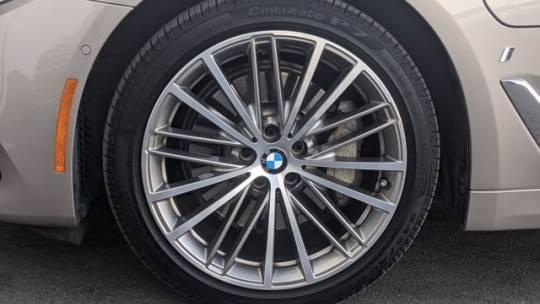 2018 BMW 5 Series WBAJA9C54JB032661