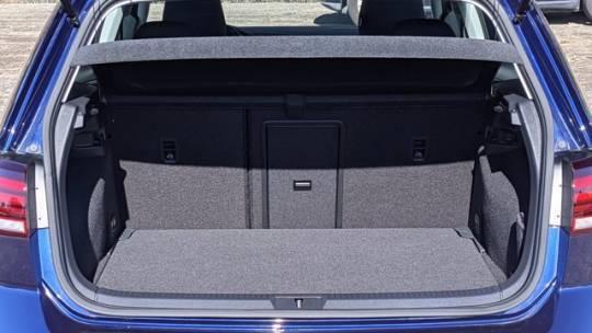 2019 Volkswagen e-Golf WVWKR7AU5KW909313