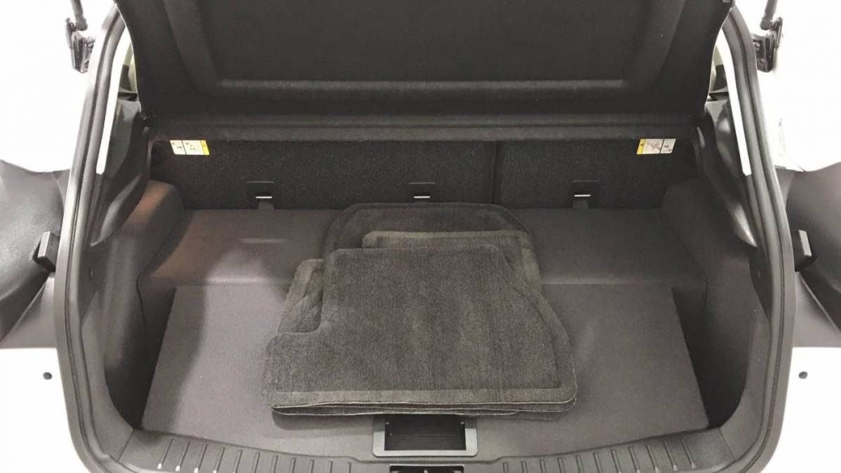 2018 Ford Focus 1FADP3R44JL223877