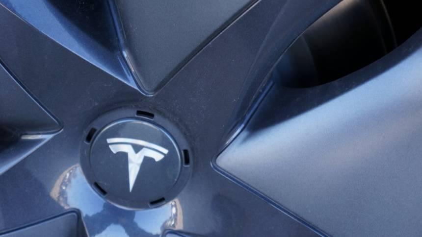 2019 Tesla Model 3 5YJ3E1EB3KF390675