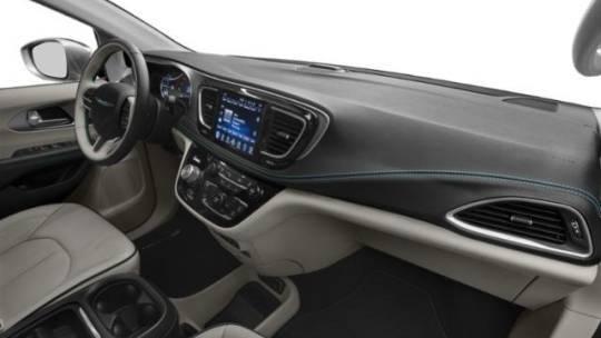 2020 Chrysler Pacifica Hybrid 2C4RC1N70LR242596