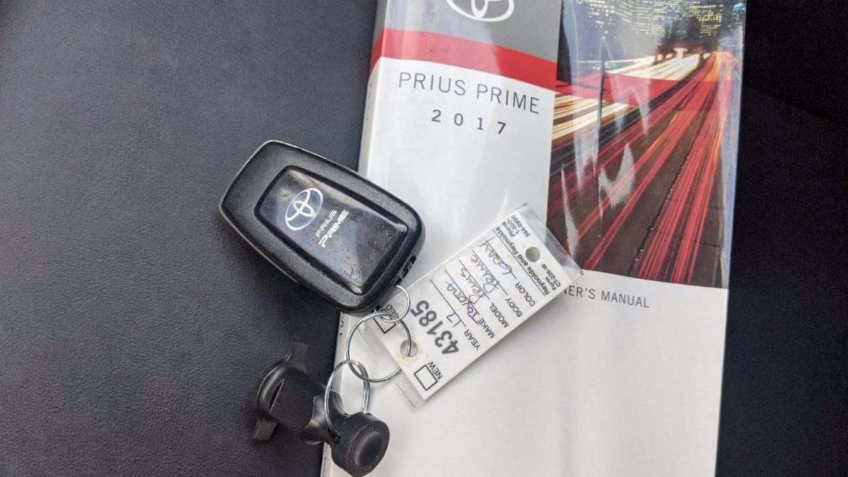 2017 Toyota Prius Prime JTDKARFP6H3016177