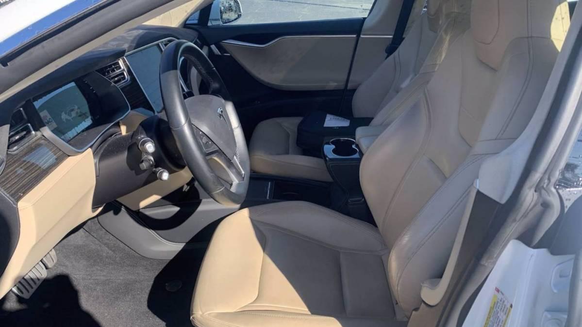 2015 Tesla Model S 5YJSA1H21FFP63804