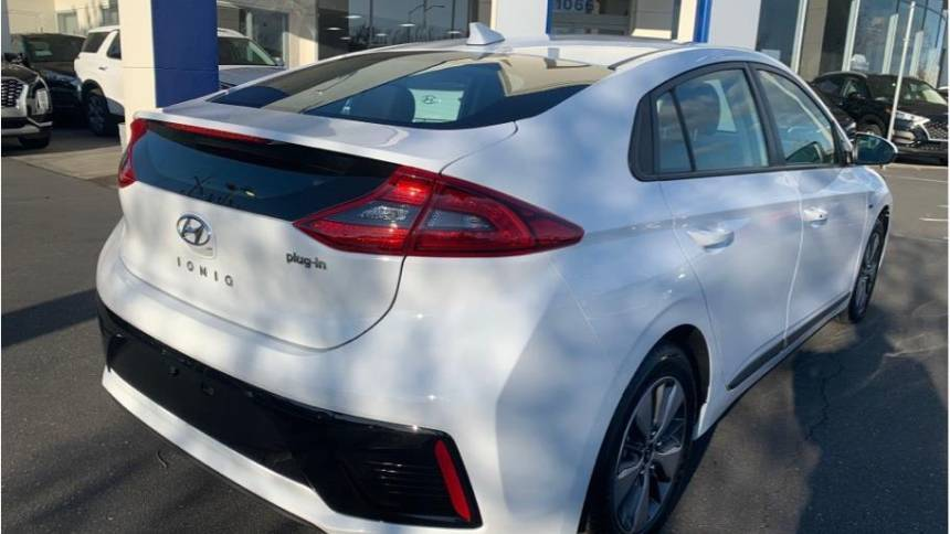2019 Hyundai IONIQ KMHC65LD4KU182459