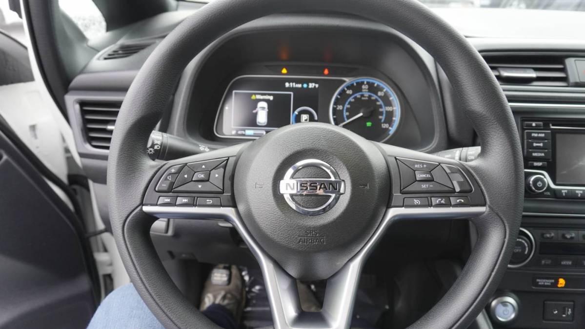 2018 Nissan LEAF 1N4AZ1CP9JC302806