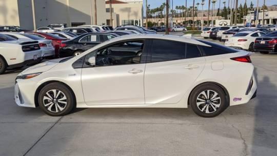 2018 Toyota Prius Prime JTDKARFP8J3095017
