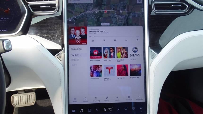 2017 Tesla Model S 5YJSA1E27HF200957