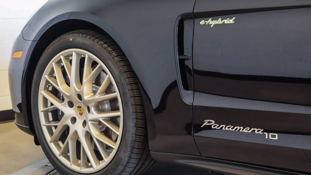 2020 Porsche Panamera WP0AE2A77LL133273