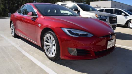 2017 Tesla Model S 5YJSA1E10HF187136