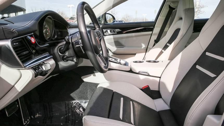 2019 Porsche Panamera WP0AE2A79KL124458