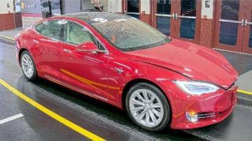 2018 Tesla Model S 5YJSA1E27JF242549