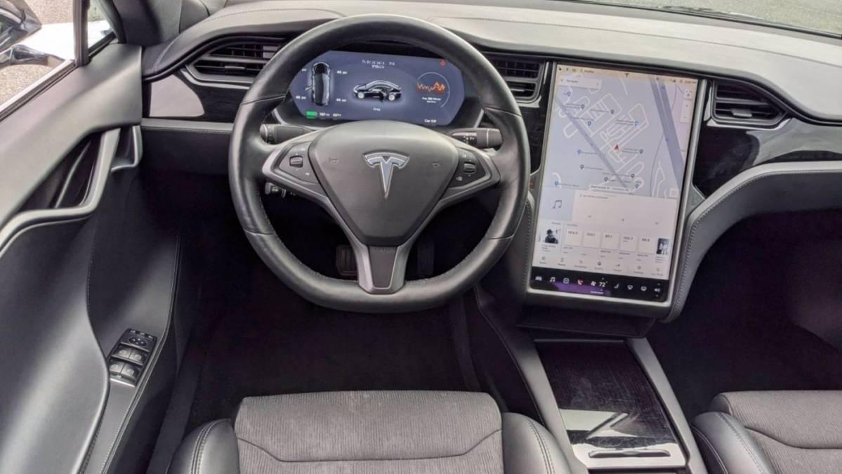 2019 Tesla Model S 5YJSA1E23KF304840