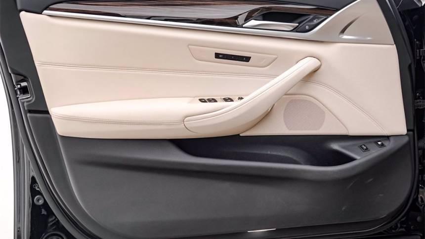 2018 BMW 5 Series WBAJA9C52JB034117