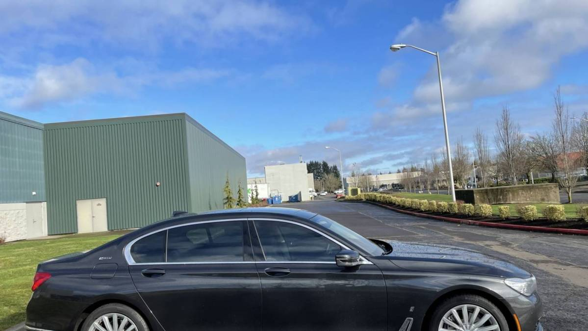 2018 BMW 7 Series WBA7J2C5XJG938527