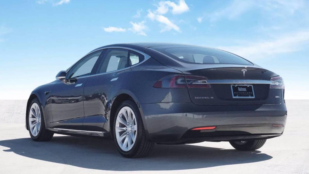 2018 Tesla Model S 5YJSA1E20JF277417