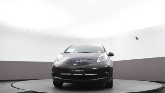 2015 Nissan LEAF 1N4AZ0CP1FC334070