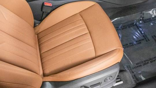 2019 Audi e-tron WA1LABGE7KB020397