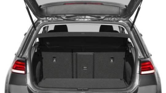 2018 Volkswagen e-Golf WVWKR7AU0JW908231