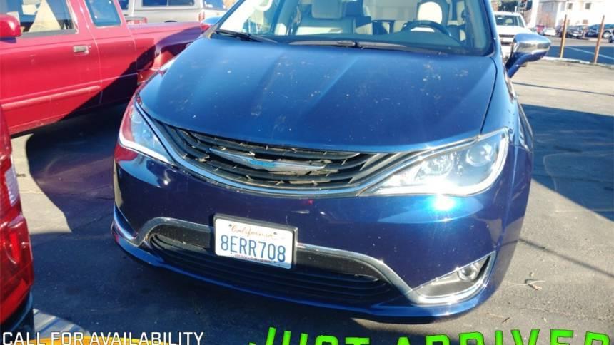 2018 Chrysler Pacifica Hybrid 2C4RC1N74JR230352