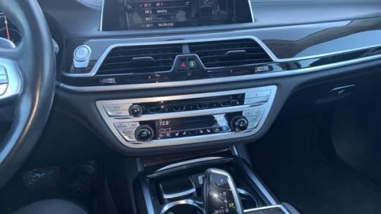 2017 BMW 7 Series WBA7J2C30HG497872