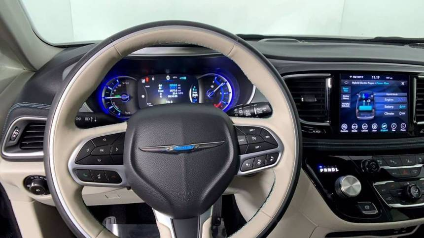 2019 Chrysler Pacifica Hybrid 2C4RC1N7XKR639182