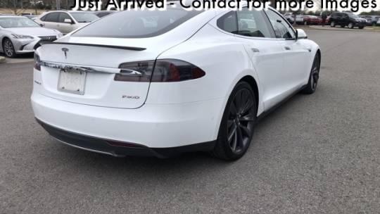 2016 Tesla Model S 5YJSA1E47GF132420